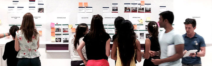 Estudiantes innovando en el Summer Course in Service Design for Innovation